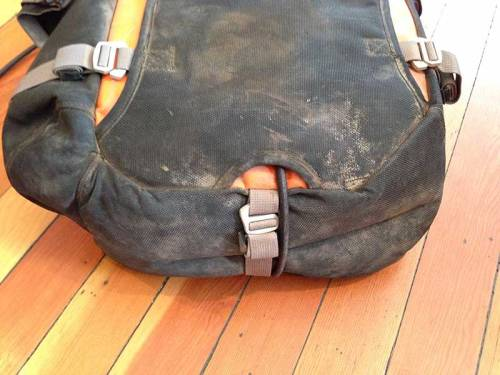 Mosko-Moto-Motorcycle-Soft-Bags-Pannier-Duffle-Lock-(3)
