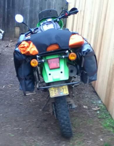 Mosko-Moto-Motorcycle-Soft-Bags-Rackless-(13)