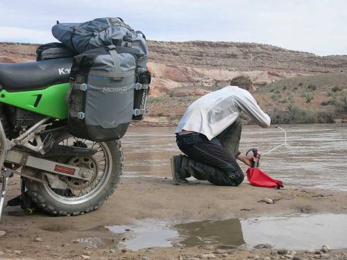 Mosko-Moto-Motorcycle-Soft-Bags-Dualsport-Offroad-Luggage-Soft-Luggage-Pannier-Duffle-Saddlebag--KTM---BMW-5-11-14-(12)