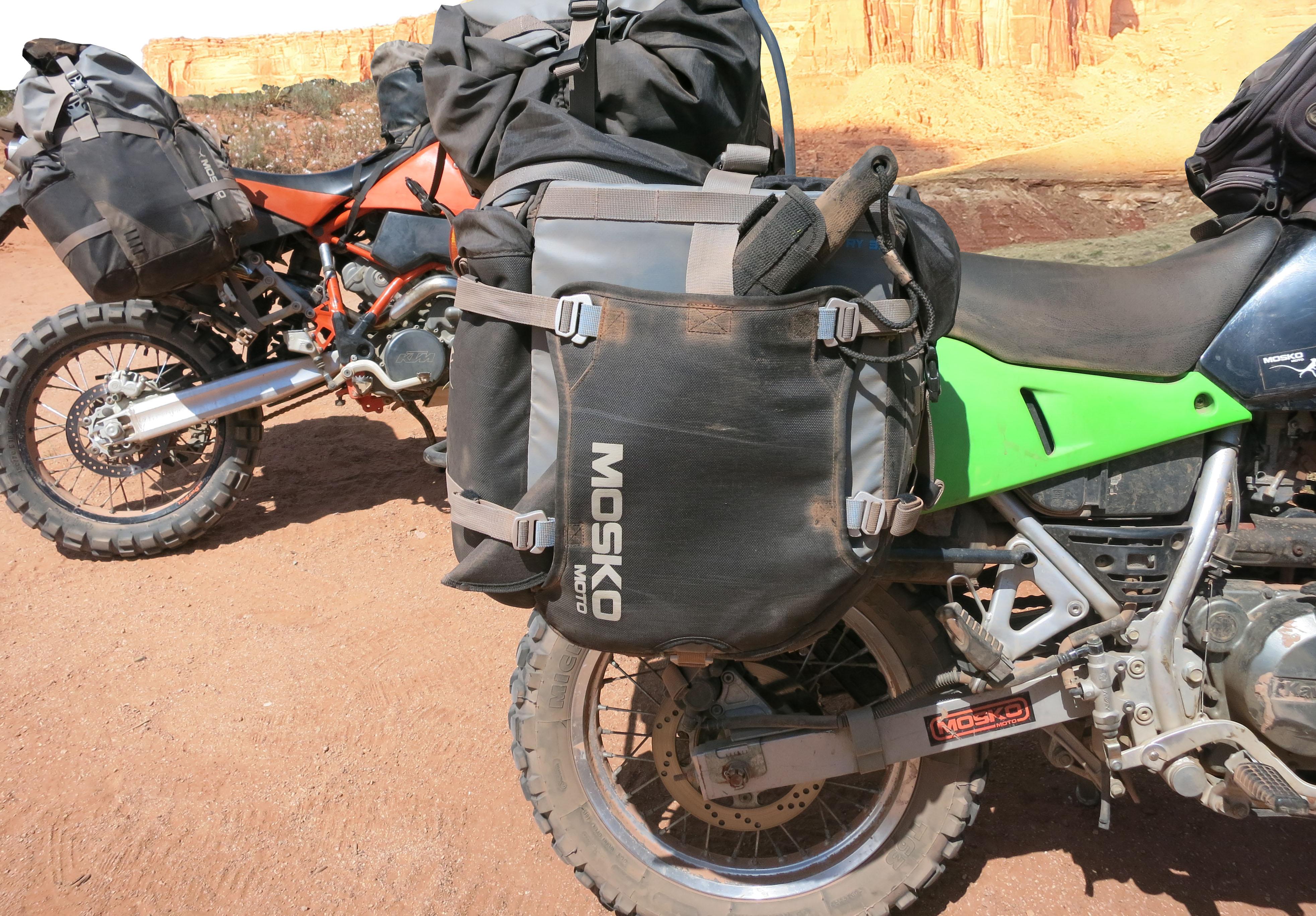 Moab crash testing mosko moto for Motor cycle saddle bags