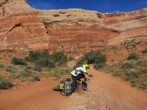 Mosko-Moto-Motorcycle-Soft-Bags-Dualsport-Offroad-Luggage-Soft-Luggage-Pannier-Duffle-Saddlebag--KTM---BMW-5-11-14-(9)