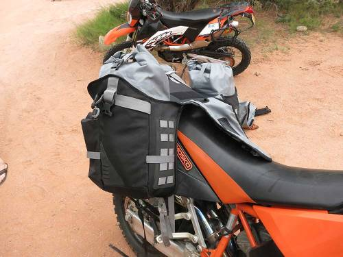 Mosko-Moto-Motorcycle-Soft-Bags-Dualsport-Offroad-Luggage-Soft-Luggage-Pannier-Duffle-Saddlebag--KTM---BMW---Rackless---Reckless---5-30-14-(13)