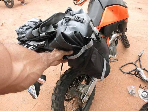 Mosko-Moto-Motorcycle-Soft-Bags-Dualsport-Offroad-Luggage-Soft-Luggage-Pannier-Duffle-Saddlebag--KTM---BMW---Rackless---Reckless---5-30-14-(14)