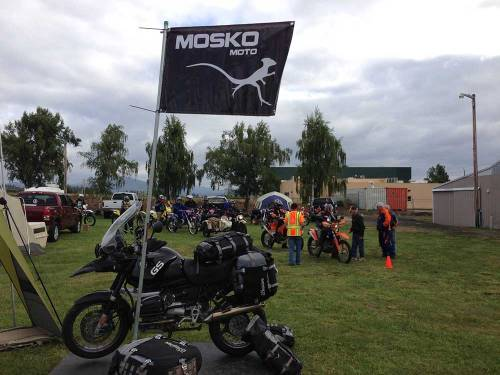 Mosko-Moto-Motorcycle-Soft-Bags-Dualsport-Offroad-Luggage-Soft-Luggage-Pannier-Duffle-Saddlebag--KTM---BMW---Rackless---Reckless---6-19-14-(9)