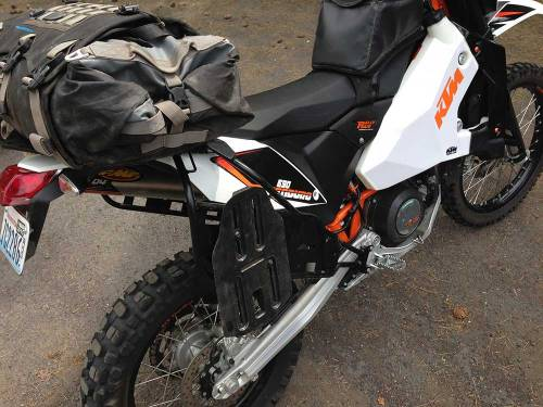 Mosko-Moto-Motorcycle-Soft-Bags-Dualsport-Offroad-Luggage-Soft-Luggage-Pannier-Duffle-Saddlebag--KTM---BMW---Rackless---Reckless---6-7-14-(2)