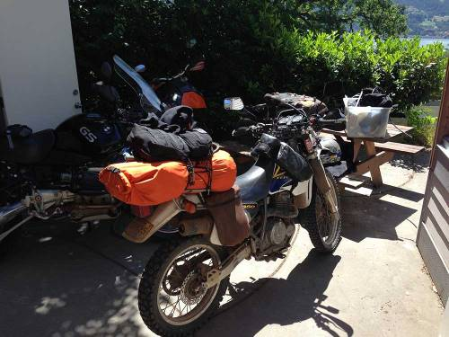 Mosko-Moto-Motorcycle-Soft-Bags-Dualsport-Offroad-Luggage-Soft-Luggage-Pannier-Duffle-Saddlebag--KTM---BMW---Rackless---Reckless---6-7-14-(3)