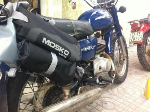 9 mosko-moto-motorcycle-soft-bags-dualsport-offroad-luggage-soft-luggage-pannier-duffle-17