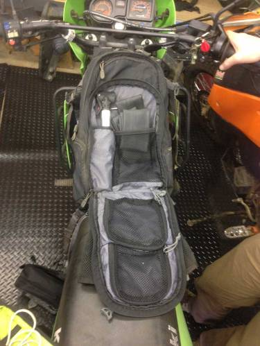 mosko-moto-motorcycle-soft-bags-dualsport-offroad-luggage-soft-luggage-pannier-duffle-tank bag (5)