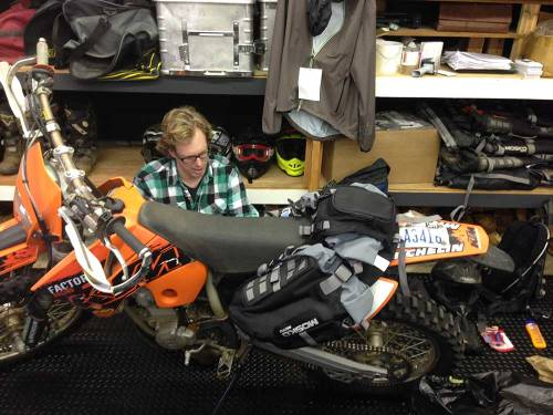 Mosko-Moto-Motorcycle-Soft-Bags-Dualsport-Offroad-Luggage-Soft Luggage-Pannier-Duffle-Saddlebag- KTM - BMW - KLR - Rackless - Reckless - Tank Bag - 3-3-14 (12)