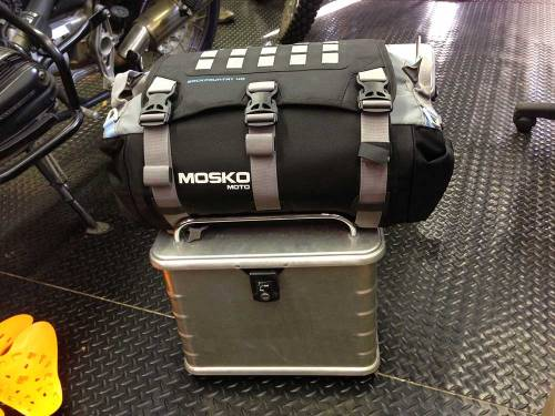 Mosko-Moto-Motorcycle-Soft-Bags-Dualsport-Offroad-Luggage-Soft Luggage-Pannier-Duffle-Saddlebag- KTM - BMW - KLR - Rackless - Reckless - Tank Bag - 3-3-14 (14)
