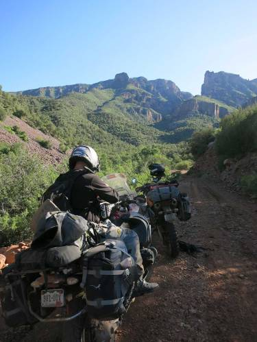 Mosko-Moto-Motorcycle-Soft-Bags-Dualsport-Offroad-Adventure--Soft-Luggage--Pannier-Duffle---KTM---BMW---KLR---Rackless---Reckless---Tank-Bag---Adventure-Jacket---Pants---Jersey-5-27-15-(22)