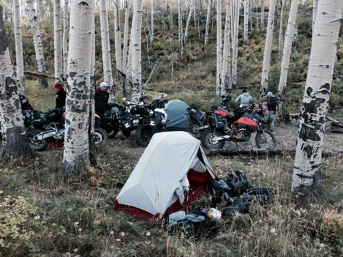 Mosko-Moto-Motorcycle-Soft-Bags-Dualsport-Offroad-Adventure--Soft-Luggage--Pannier-Duffle---KTM---BMW---KLR---Rackless---Reckless---Tank-Bag---Adventure-Jacket---Pants---Jersey-10-2-15-( (2)