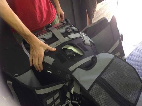Mosko-Moto-Motorcycle-Soft-Bags-Dualsport-Offroad-Adventure-Soft-Luggage-Pannier-Duffle-KTM-BMW-KLR-Rackless-Reckless-Tank-Bag-Adventure-Jacket-Pants-Jersey-10-22-15-(4)