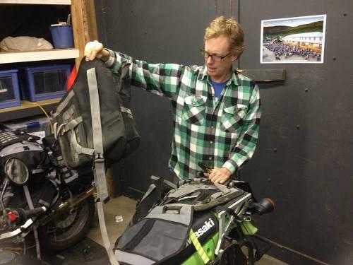 Mosko-Moto-Motorcycle-Soft-Bags-Dualsport-Offroad-Adventure-Soft-Luggage-Pannier-Duffle-KTM-BMW-KLR-Rackless-Reckless-Tank-Bag-Adventure-Jacket-Pants-Jersey-10-22-15-(45)