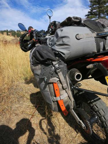 Mosko-Moto-Motorcycle-Soft-Bags-Dualsport-Offroad-Adventure-Soft-Luggage-Pannier-Duffle-KTM-BMW-KLR-Rackless-Reckless-Tank-Bag-Adventure-Jacket-Pants-Jersey-10-22-15-(53)