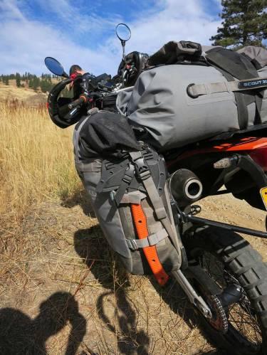 Mosko-Moto-Motorcycle-Soft-Bags-Dualsport-Offroad-Adventure-Soft-Luggage-Pannier-Duffle-KTM-BMW-KLR-Rackless-Reckless-Tank-Bag-Adventure-Jacket-Pants-Jersey-10-22-15-(53)