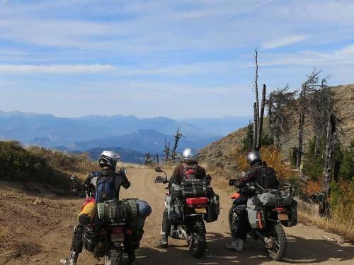 Mosko-Moto-Motorcycle-Soft-Bags-Dualsport-Offroad-Adventure-Soft-Luggage-Pannier-Duffle-KTM-BMW-KLR-Rackless-Reckless-Tank-Bag-Adventure-Jacket-Pants-Jersey-10-22-15-(54)