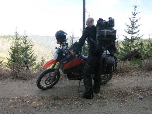 Mosko-Moto-Motorcycle-Soft-Bags-Dualsport-Offroad-Adventure-Soft-Luggage-Pannier-Duffle-KTM-BMW-KLR-Rackless-Reckless-Tank-Bag-Adventure-Jacket-Pants-Jersey-10-22-15-(55)