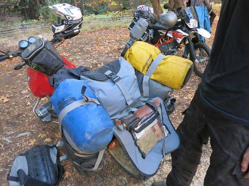 Mosko-Moto-Motorcycle-Soft-Bags-Dualsport-Offroad-Adventure-Soft-Luggage-Pannier-Duffle-KTM-BMW-KLR-Rackless-Reckless-Tank-Bag-Adventure-Jacket-Pants-Jersey-10-22-15-(63)