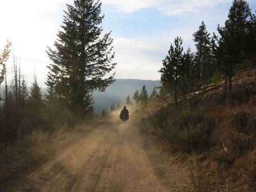 Mosko-Moto-Motorcycle-Soft-Bags-Dualsport-Offroad-Adventure-Soft-Luggage-Pannier-Duffle-KTM-BMW-KLR-Rackless-Reckless-Tank-Bag-Adventure-Jacket-Pants-Jersey-10-22-15-(69)