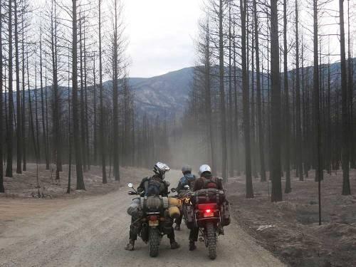 Mosko-Moto-Motorcycle-Soft-Bags-Dualsport-Offroad-Adventure-Soft-Luggage-Pannier-Duffle-KTM-BMW-KLR-Rackless-Reckless-Tank-Bag-Adventure-Jacket-Pants-Jersey-10-22-15-(70)