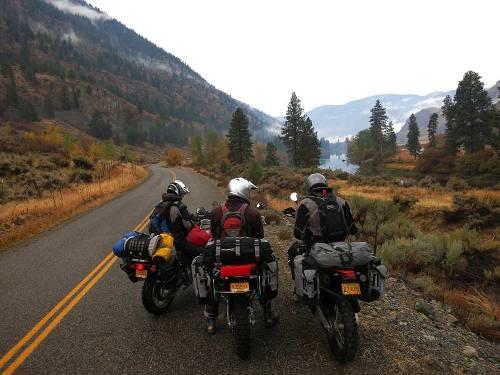 Mosko-Moto-Motorcycle-Soft-Bags-Dualsport-Offroad-Adventure-Soft-Luggage-Pannier-Duffle-KTM-BMW-KLR-Rackless-Reckless-Tank-Bag-Adventure-Jacket-Pants-Jersey-10-22-15-(76)