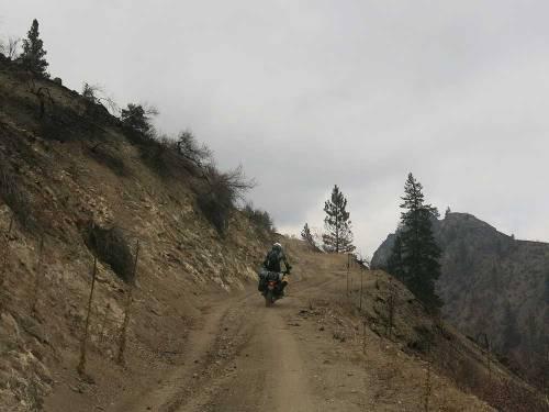 Mosko-Moto-Motorcycle-Soft-Bags-Dualsport-Offroad-Adventure-Soft-Luggage-Pannier-Duffle-KTM-BMW-KLR-Rackless-Reckless-Tank-Bag-Adventure-Jacket-Pants-Jersey-10-22-15-(83)