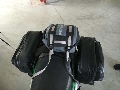 mosko-moto-motorcycle-soft-bags-dualsport-offroad-adventure-soft-luggage-pannier-duffle-ktm-bmw-klr-rackless-reckless-tank-bag-adventure-jacket-pants-jersey-12-19-15 (32)