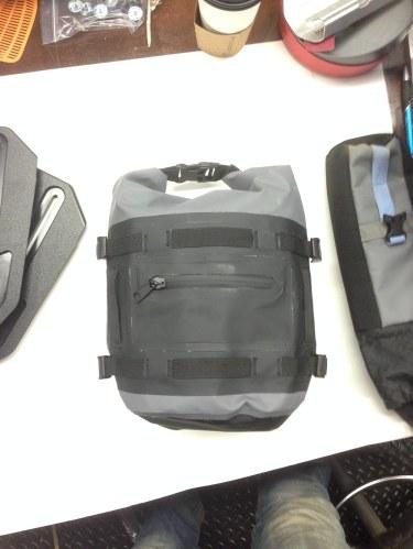 mosko-moto-motorcycle-soft-bags-dualsport-offroad-adventure-soft-luggage-pannier-duffle-ktm-bmw-klr-rackless-reckless-tank-bag-adventure-jacket-pants-jersey-12-6-15 (21)