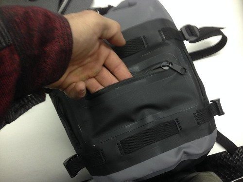 mosko-moto-motorcycle-soft-bags-dualsport-offroad-adventure-soft-luggage-pannier-duffle-ktm-bmw-klr-rackless-reckless-tank-bag-adventure-jacket-pants-jersey-12-6-15 (26)