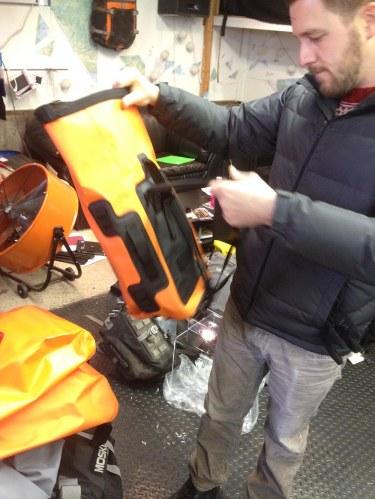 mosko-moto-motorcycle-soft-bags-dualsport-offroad-adventure-soft-luggage-pannier-duffle-ktm-bmw-klr-rackless-reckless-tank-bag-adventure-jacket-pants-jersey-12-6-15 (7)