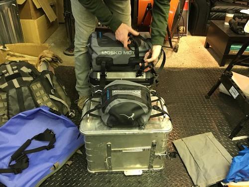 mosko-moto-motorcycle-soft-bags-dualsport-offroad-adventure-soft-luggage-pannier-duffle-ktm-bmw-klr-rackless-reckless-tank-bag-adventure-jacket-pants-jersey-1-6-16 (64)