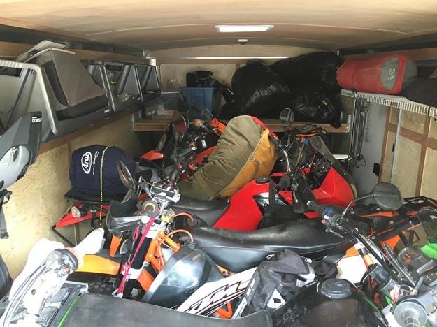 mosko-moto-motorcycle-soft-bags-dualsport-offroad-adventure-soft-luggage-pannier-duffle-ktm-bmw-klr-rackless-reckless-tank-bag-adventure-jacket-pants-jersey-5-24-16 (1)