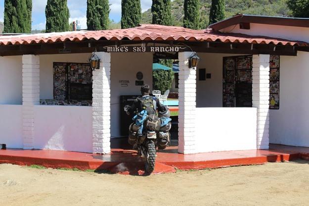 mosko-moto-motorcycle-soft-bags-dualsport-offroad-adventure-soft-luggage-pannier-duffle-ktm-bmw-klr-rackless-reckless-tank-bag-adventure-jacket-pants-jersey-5-24-16 (32)