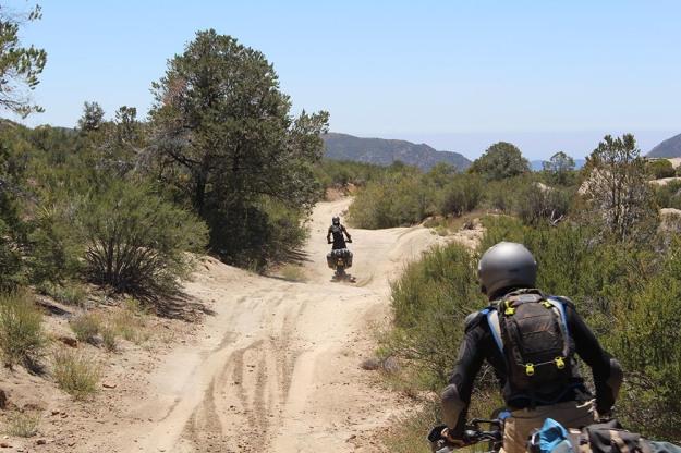 mosko-moto-motorcycle-soft-bags-dualsport-offroad-adventure-soft-luggage-pannier-duffle-ktm-bmw-klr-rackless-reckless-tank-bag-adventure-jacket-pants-jersey-5-24-16 (37)