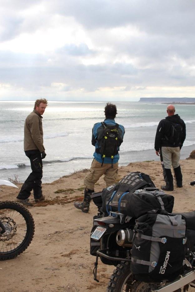 mosko-moto-motorcycle-soft-bags-dualsport-offroad-adventure-soft-luggage-pannier-duffle-ktm-bmw-klr-rackless-reckless-tank-bag-adventure-jacket-pants-jersey-5-24-16 (39)