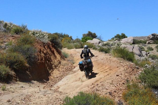mosko-moto-motorcycle-soft-bags-dualsport-offroad-adventure-soft-luggage-pannier-duffle-ktm-bmw-klr-rackless-reckless-tank-bag-adventure-jacket-pants-jersey-5-24-16 (45)