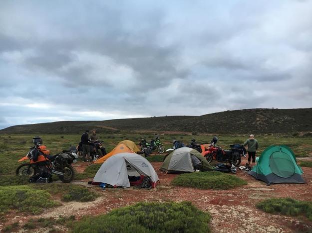 mosko-moto-motorcycle-soft-bags-dualsport-offroad-adventure-soft-luggage-pannier-duffle-ktm-bmw-klr-rackless-reckless-tank-bag-adventure-jacket-pants-jersey-5-24-16 (7)