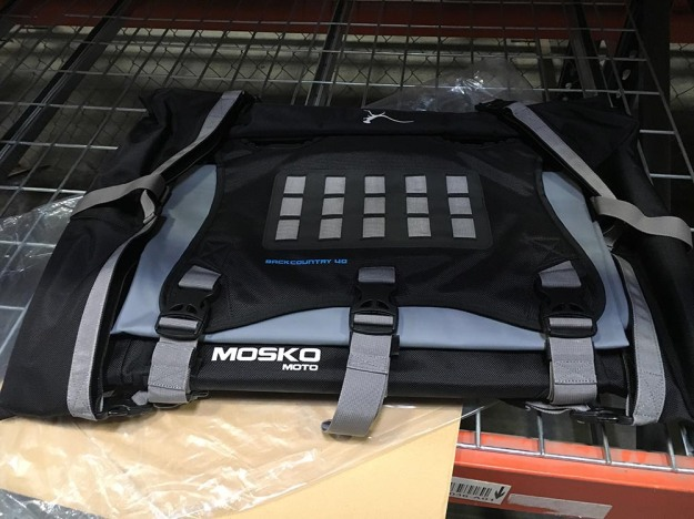 mosko-moto-motorcycle-soft-bags-dualsport-offroad-adventure-soft-luggage-pannier-duffle-ktm-bmw-klr-rackless-reckless-tank-bag-adventure-jacket-pants-jersey-6-14-16 (20)