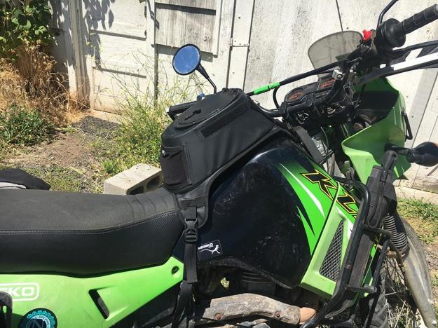 mosko-moto-motorcycle-soft-bags-dualsport-offroad-adventure-soft-luggage-pannier-duffle-ktm-bmw-klr-rackless-reckless-tank-bag-adventure-jacket-pants-jersey-7-29-16 (33)