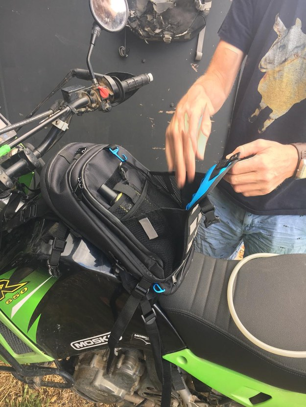 mosko-moto-motorcycle-soft-bags-dualsport-offroad-adventure-soft-luggage-pannier-duffle-ktm-bmw-klr-rackless-reckless-tank-bag-adventure-jacket-pants-jersey-7-29-16 (47)