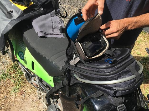 mosko-moto-motorcycle-soft-bags-dualsport-offroad-adventure-soft-luggage-pannier-duffle-ktm-bmw-klr-rackless-reckless-tank-bag-adventure-jacket-pants-jersey-7-29-16 (68)