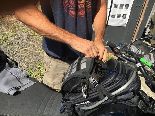 mosko-moto-motorcycle-soft-bags-dualsport-offroad-adventure-soft-luggage-pannier-duffle-ktm-bmw-klr-rackless-reckless-tank-bag-adventure-jacket-pants-jersey-7-29-16 (69)