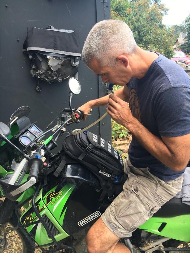 mosko-moto-motorcycle-soft-bags-dualsport-offroad-adventure-soft-luggage-pannier-duffle-ktm-bmw-klr-rackless-reckless-tank-bag-adventure-jacket-pants-jersey-7-29-16 (74)