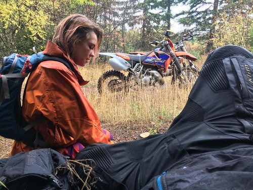 mosko-moto-motorcycle-soft-bags-dualsport-offroad-adventure-soft-luggage-pannier-duffle-ktm-bmw-klr-rackless-reckless-tank-bag-adventure-jacket-pants-jersey-bmw-atacama-10-10-16-31