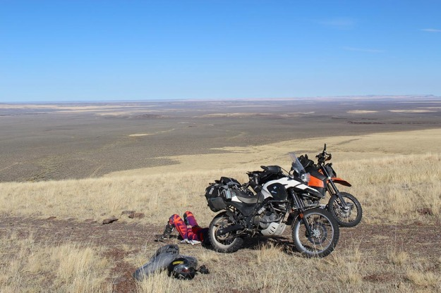 mosko-moto-motorcycle-soft-bags-dualsport-offroad-adventure-soft-luggage-pannier-duffle-ktm-bmw-klr-rackless-reckless-tank-bag-adventure-jacket-pants-jersey-bmw-atacama-11-16-16-66
