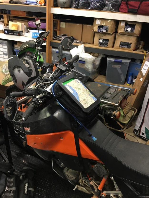 mosko-moto-motorcycle-soft-bags-dualsport-offroad-adventure-soft-luggage-pannier-duffle-ktm-bmw-klr-rackless-reckless-tank-bag-adventure-jacket-pants-jersey-bmw-atacama-12-21-16-27