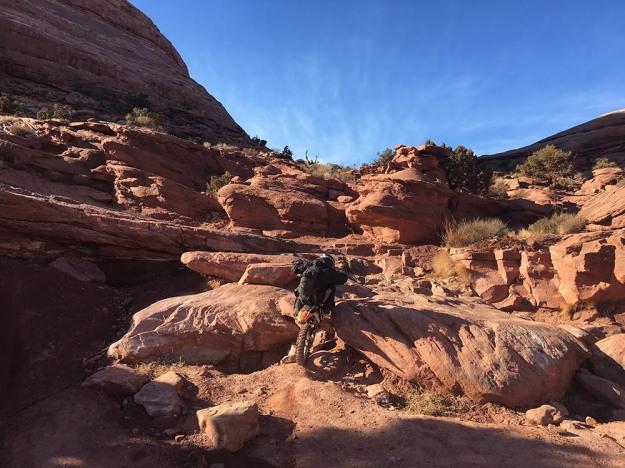 mosko-moto-motorcycle-soft-bags-dualsport-offroad-adventure-soft-luggage-pannier-duffle-ktm-bmw-klr-rackless-reckless-tank-bag-adventure-jacket-pants-jersey-bmw-atacama-1-18-17-28