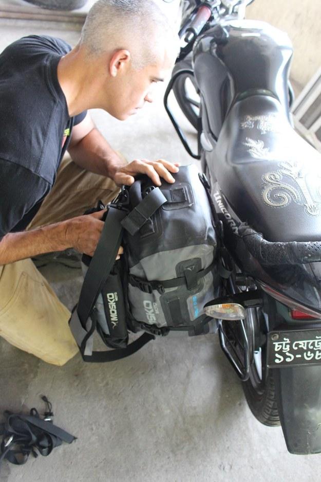 mosko-moto-motorcycle-soft-bags-dualsport-offroad-adventure-soft-luggage-pannier-duffle-ktm-bmw-klr-rackless-reckless-tank-bag-adventure-jacket-pants-jersey-BMW Atacama-3-27-17 (27)
