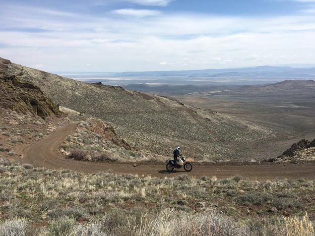 mosko-moto-motorcycle-soft-bags-dualsport-offroad-adventure-soft-luggage-pannier-duffle-ktm-bmw-klr-rackless-reckless-tank-bag-adventure-jacket-pants-jersey-BMW Atacama-5-1-17 (38)